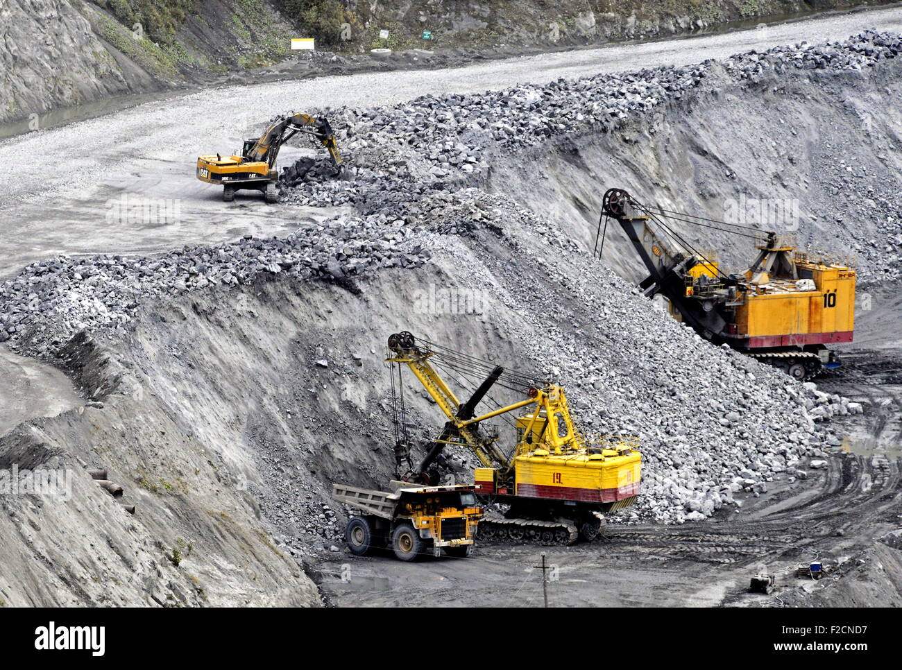 Murmansk Region, Russia  16th Sep, 2015  Excavators at work in Stock