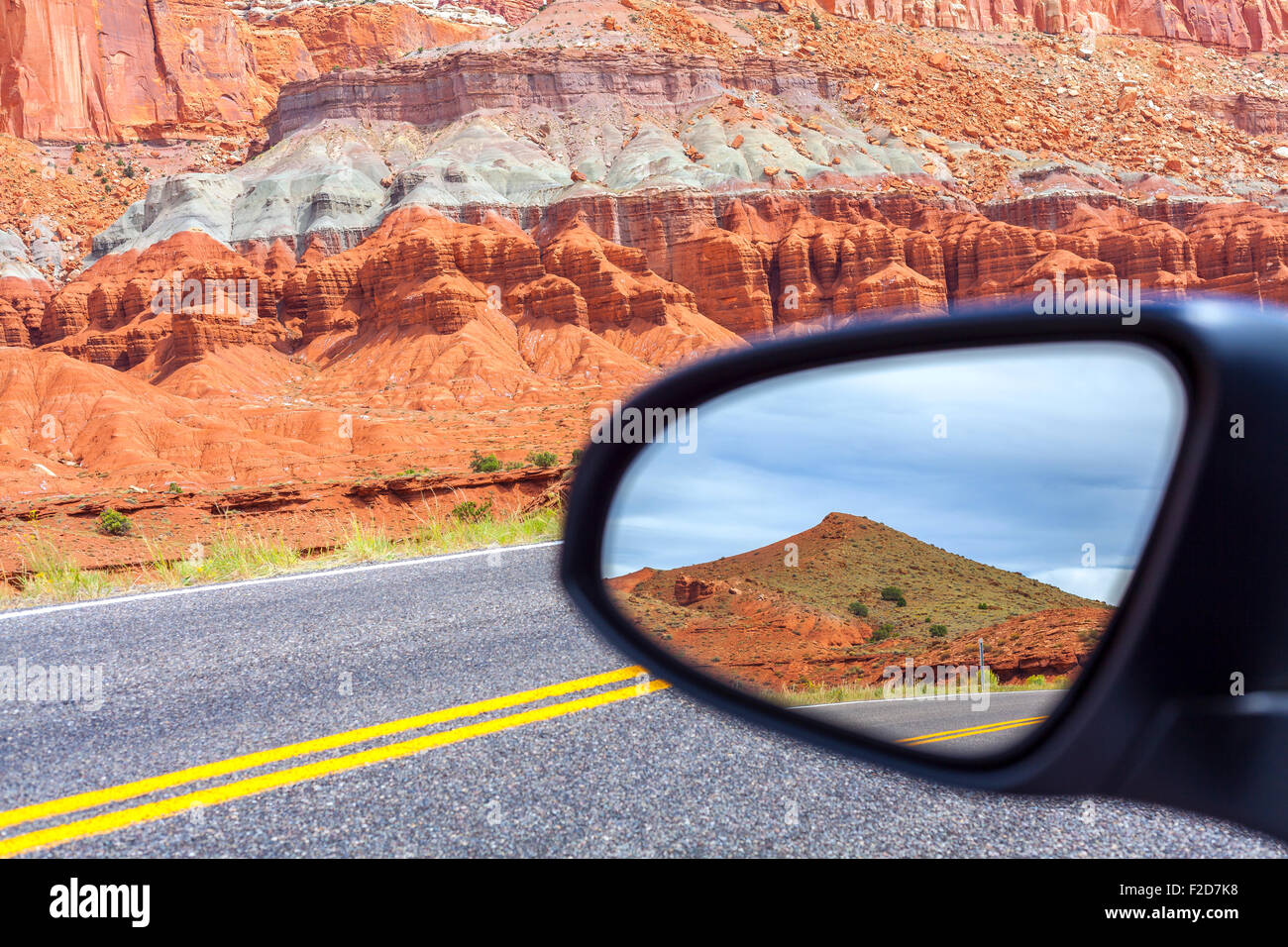 Road in a mirror, Capitol Reef National Park, USA. - Stock Image