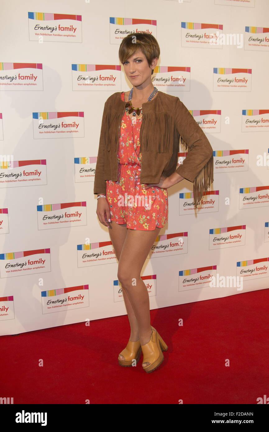 cameltoe Celebrity Isabell Horn naked photo 2017