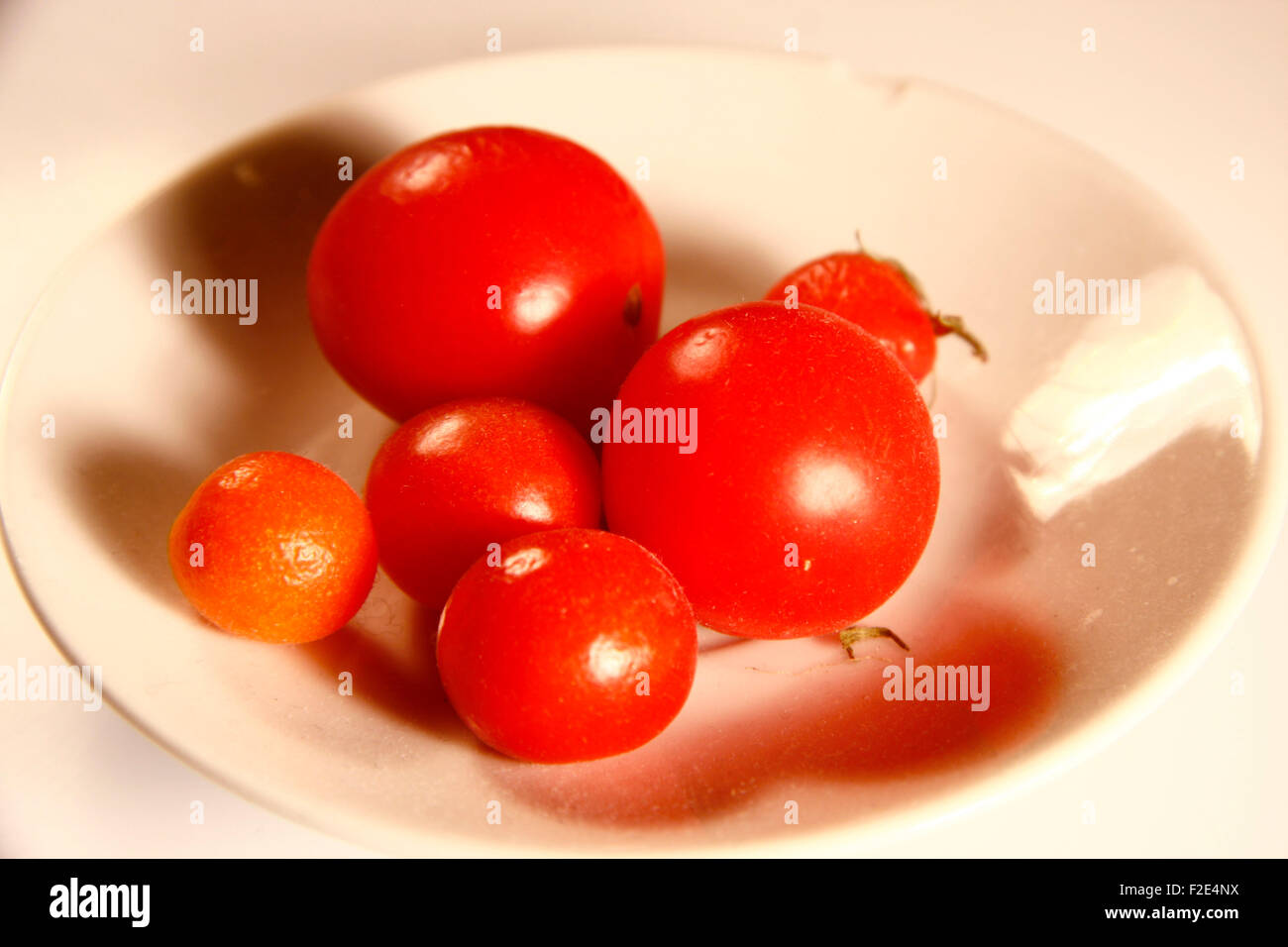Cherry-Tomaten - Symbolbild Nahrungsmittel. Stock Photo