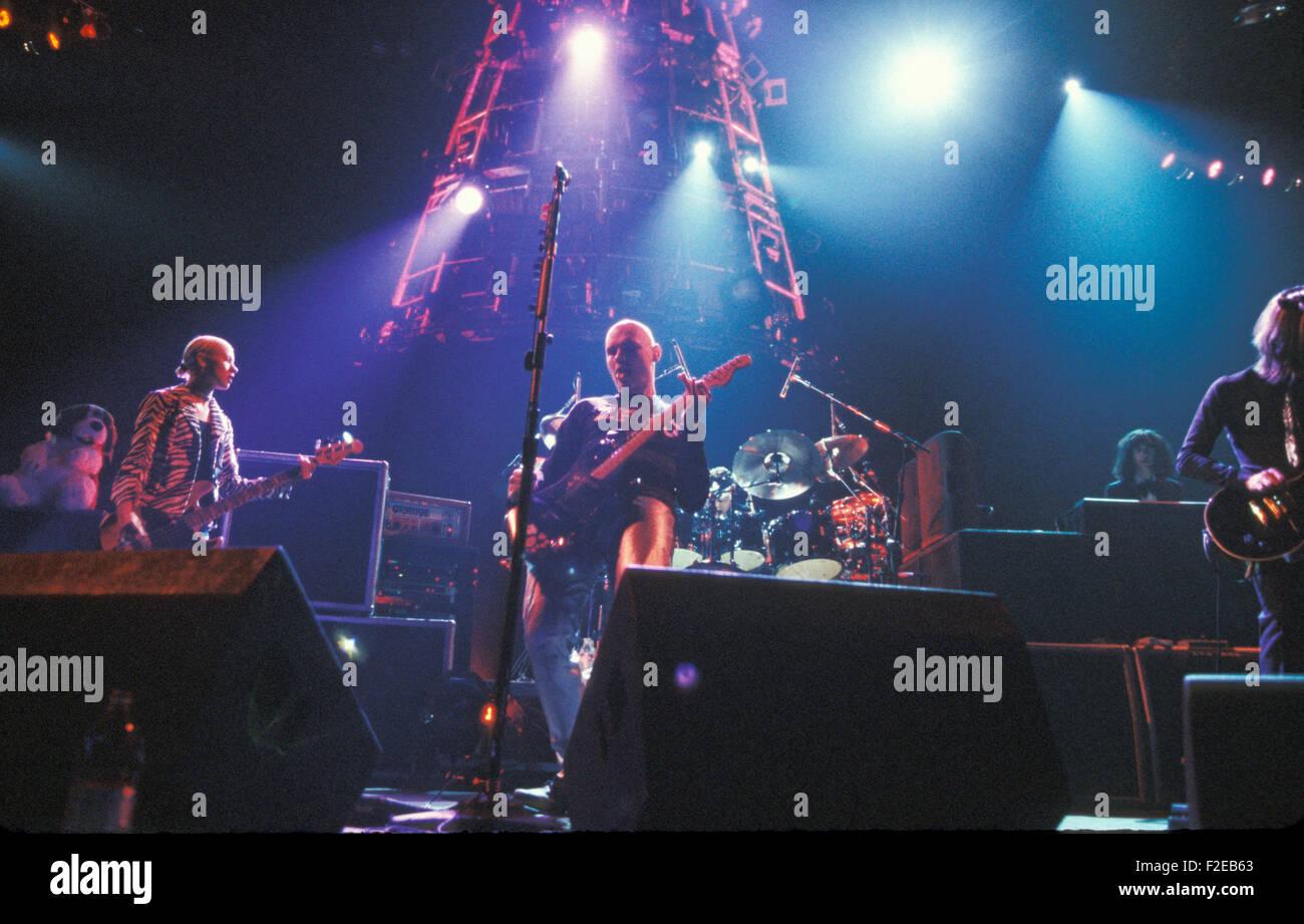 SMASHING PUMPKINS US rock group in 1996 - Stock Image