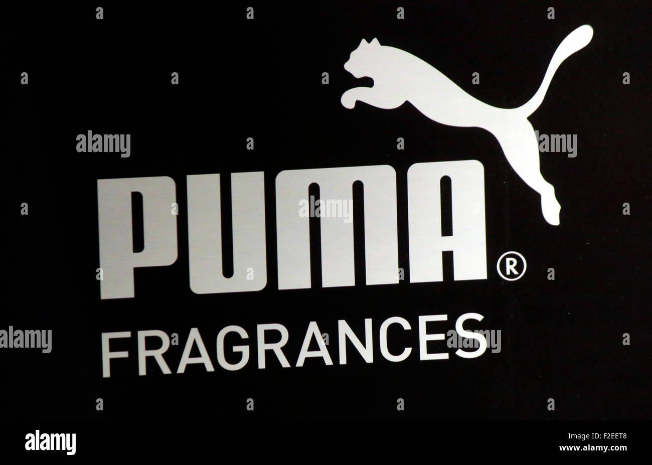 Markennamen: 'Puma', Berlin. - Stock Image