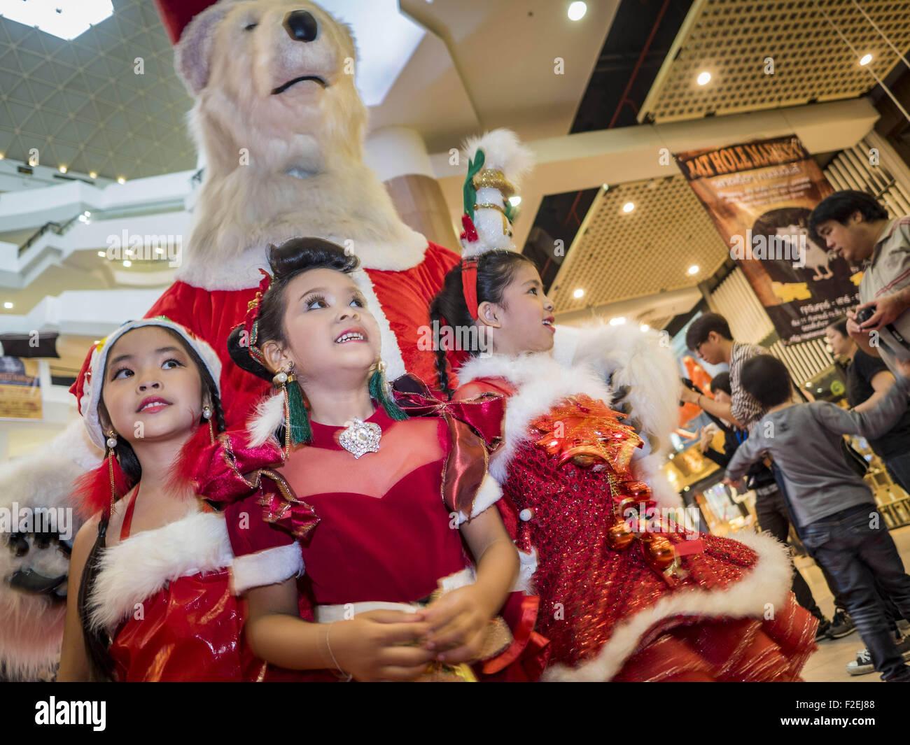 Bangkok, Thailand  17th Sep, 2015  Thai girls in Christmas