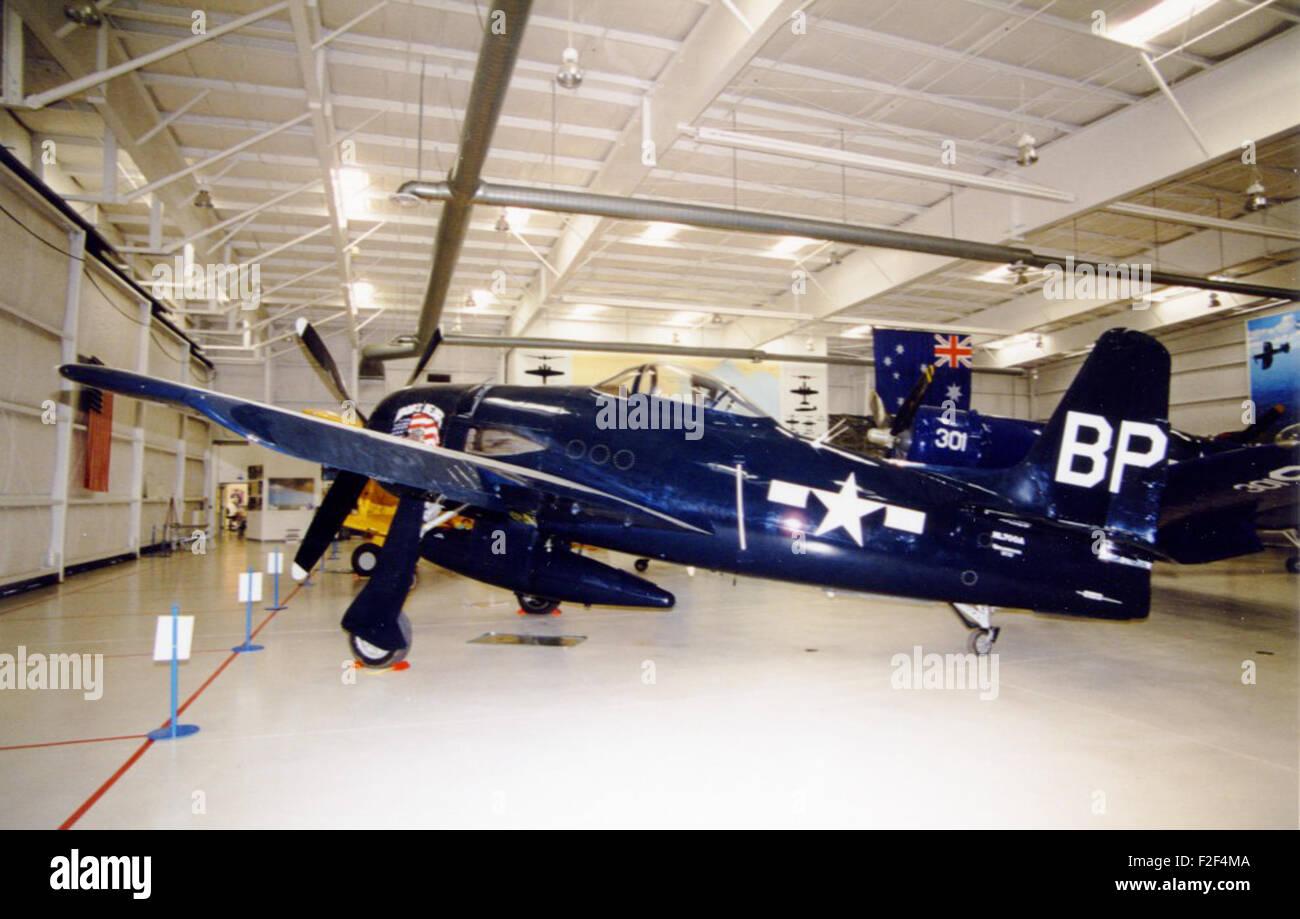 Grumman F8F-1 Bearcat (G-58B), sn 1262 (NL700A) 'Bob's Bear'