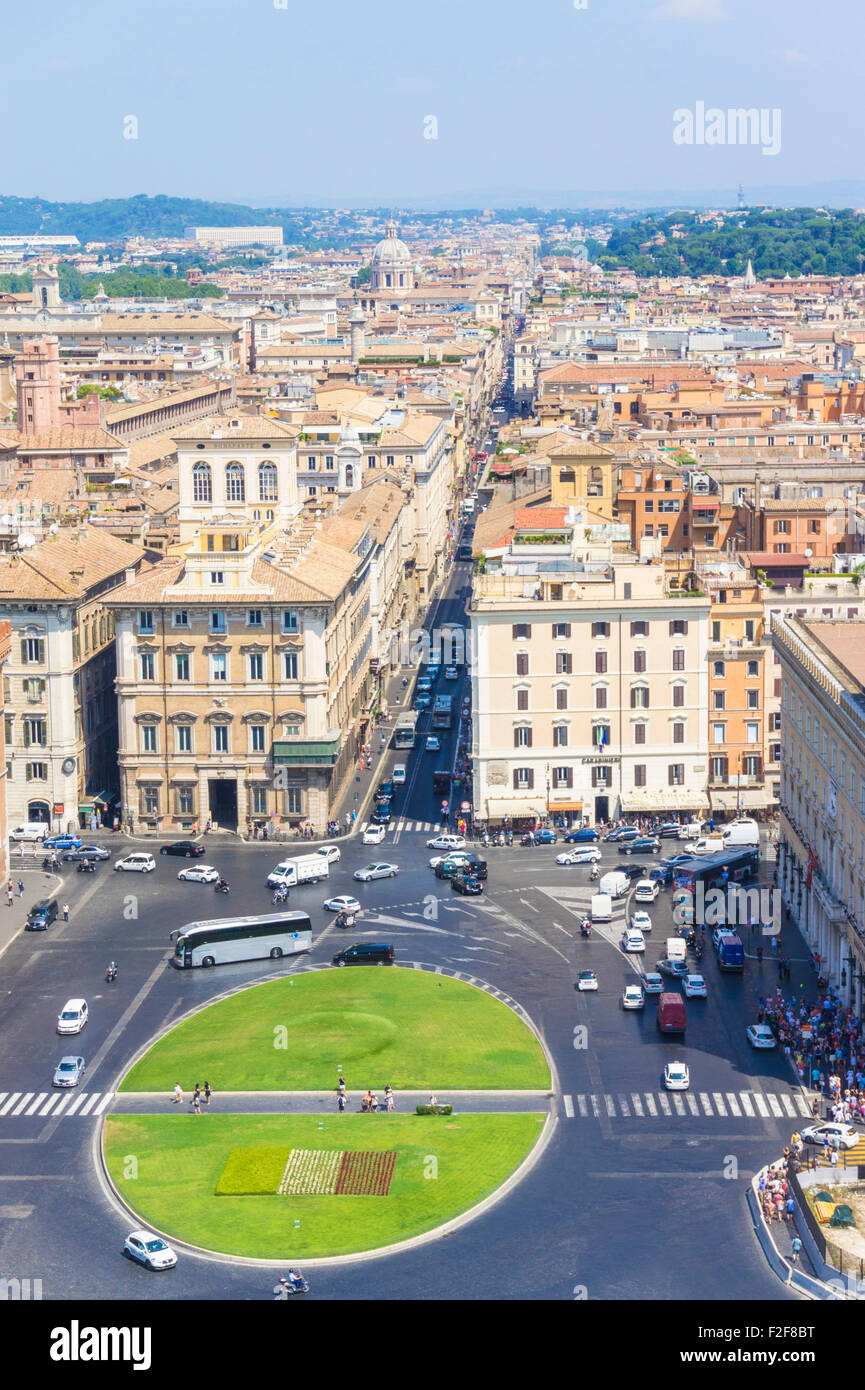 Rooftop view of Busy traffic around the roundabout in the Piazza Venezia as seen from above Rome Roma Lazio Italy - Stock Image