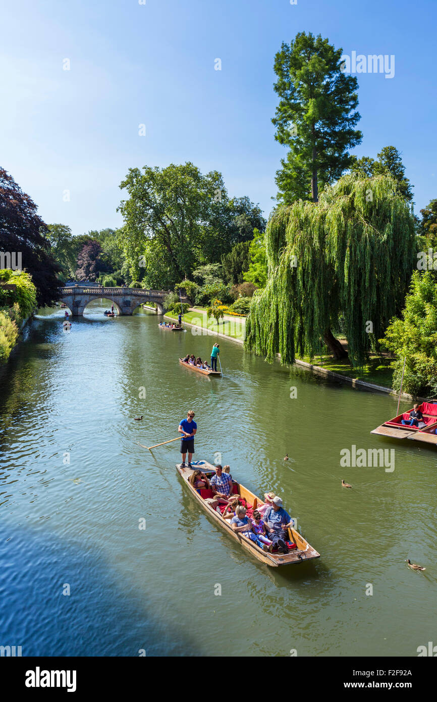 River Cam viewed from Garret Hostel Bridge looking towards Clare College and Clare College Bridge, Cambridge, England, - Stock Image