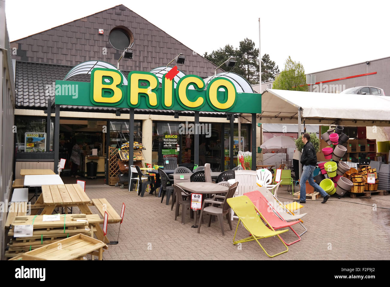 Branch of brico do it yourself store stock photo 87617994 alamy branch of brico do it yourself store solutioingenieria Images