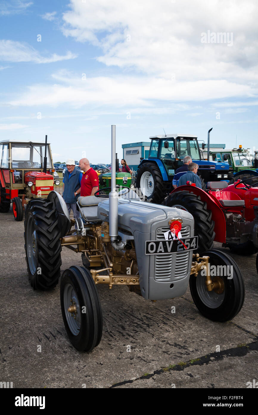 Vintage tractor at the 2015 Haddington Agricultural Show - Stock Image