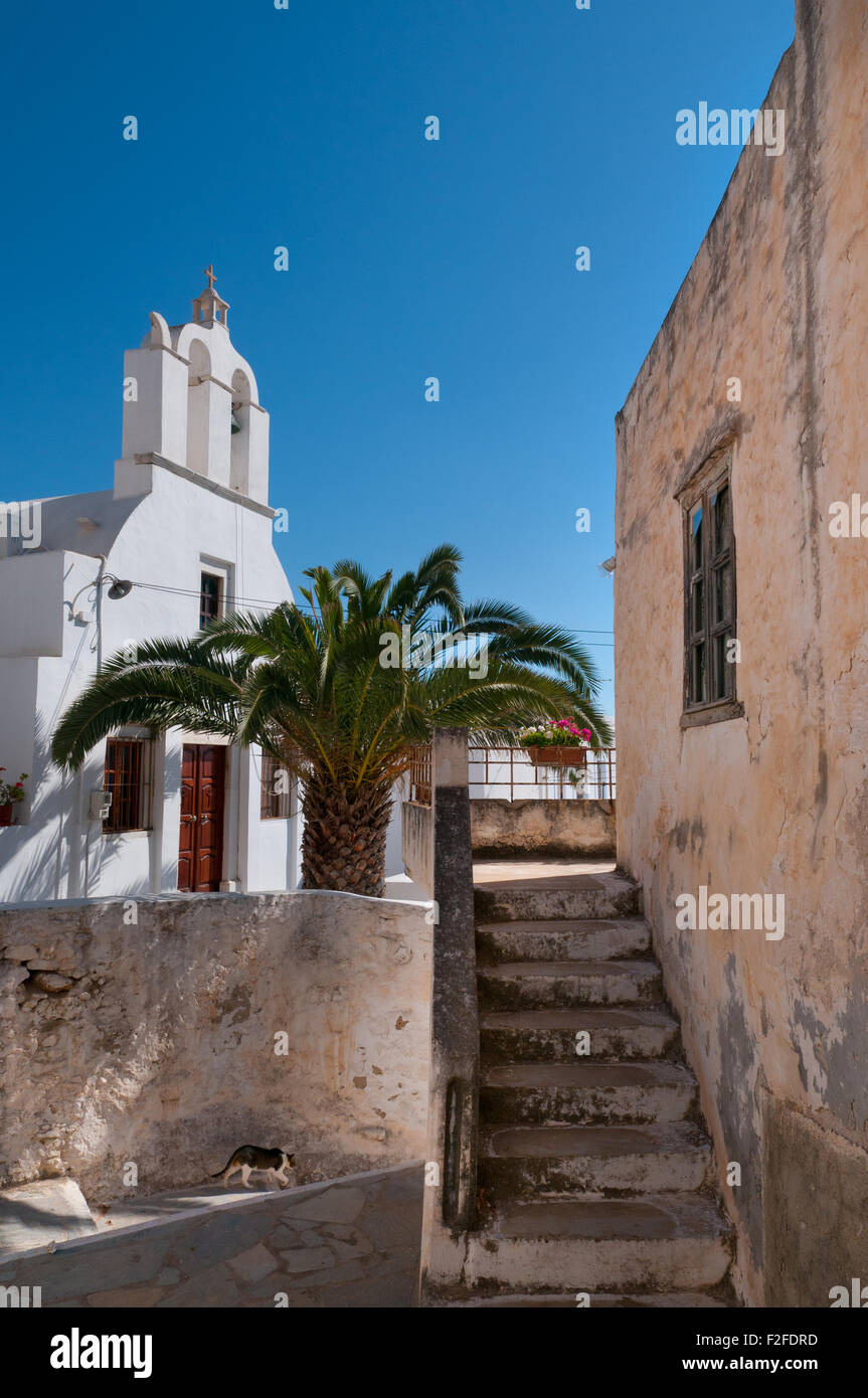 Street scene in old town of Naxos, Greece - Stock Image