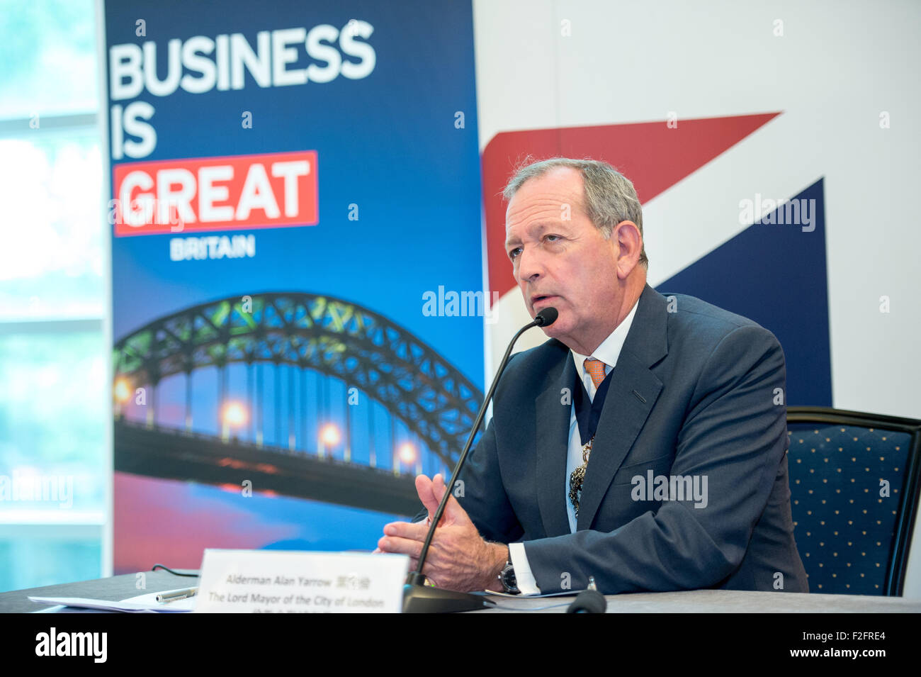 Hong Kong. 18th September, 2015. Alderman Alan Yarrow, The Lord Mayor of London, talks to the press at the British - Stock Image