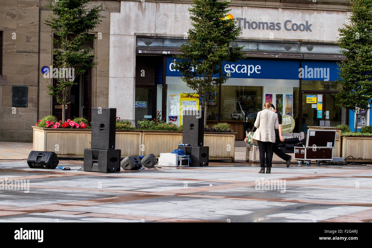 """Dundee, Tayside, Scotland, UK, 18th September 2015. Dundee prepares for the BBC """"Make It Digital"""" weekend showcase. - Stock Image"""