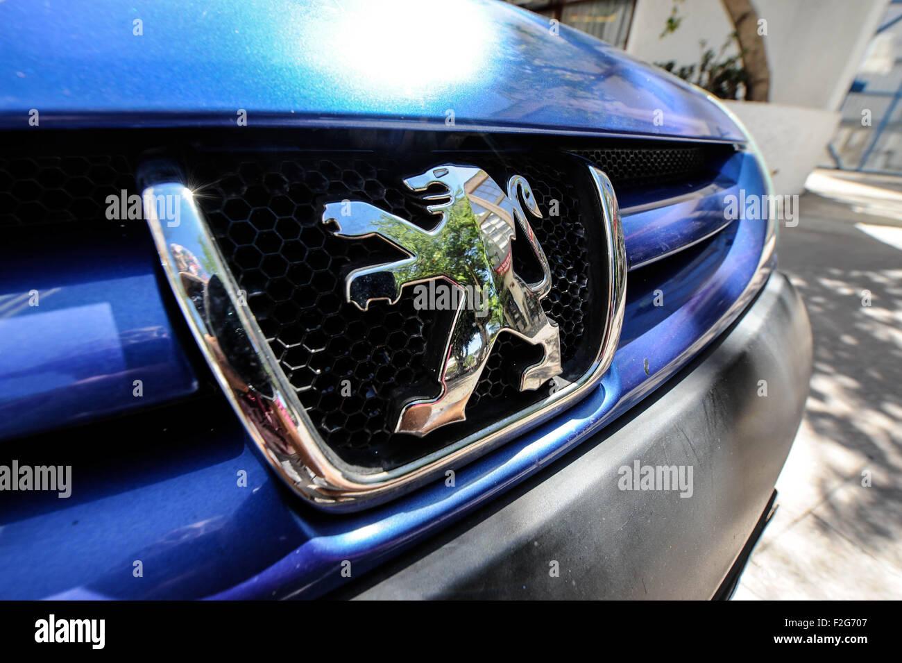 Automobile Peugeot- automóvil Peugeot - Stock Image