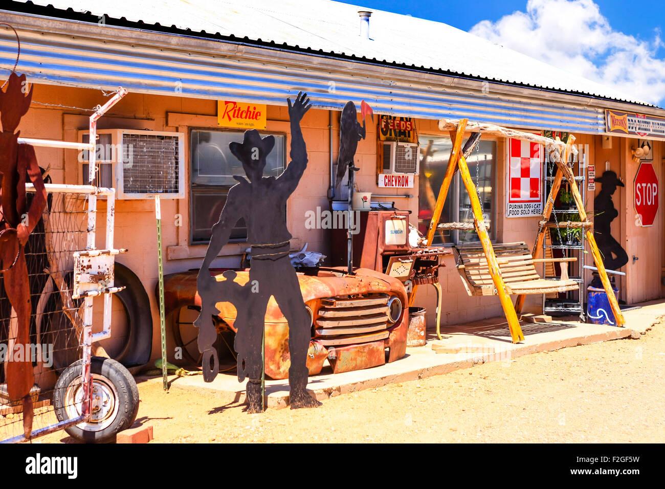 Route 66 Collectibles and Memorabilia in a store yard in Tucumcari NM - Stock Image