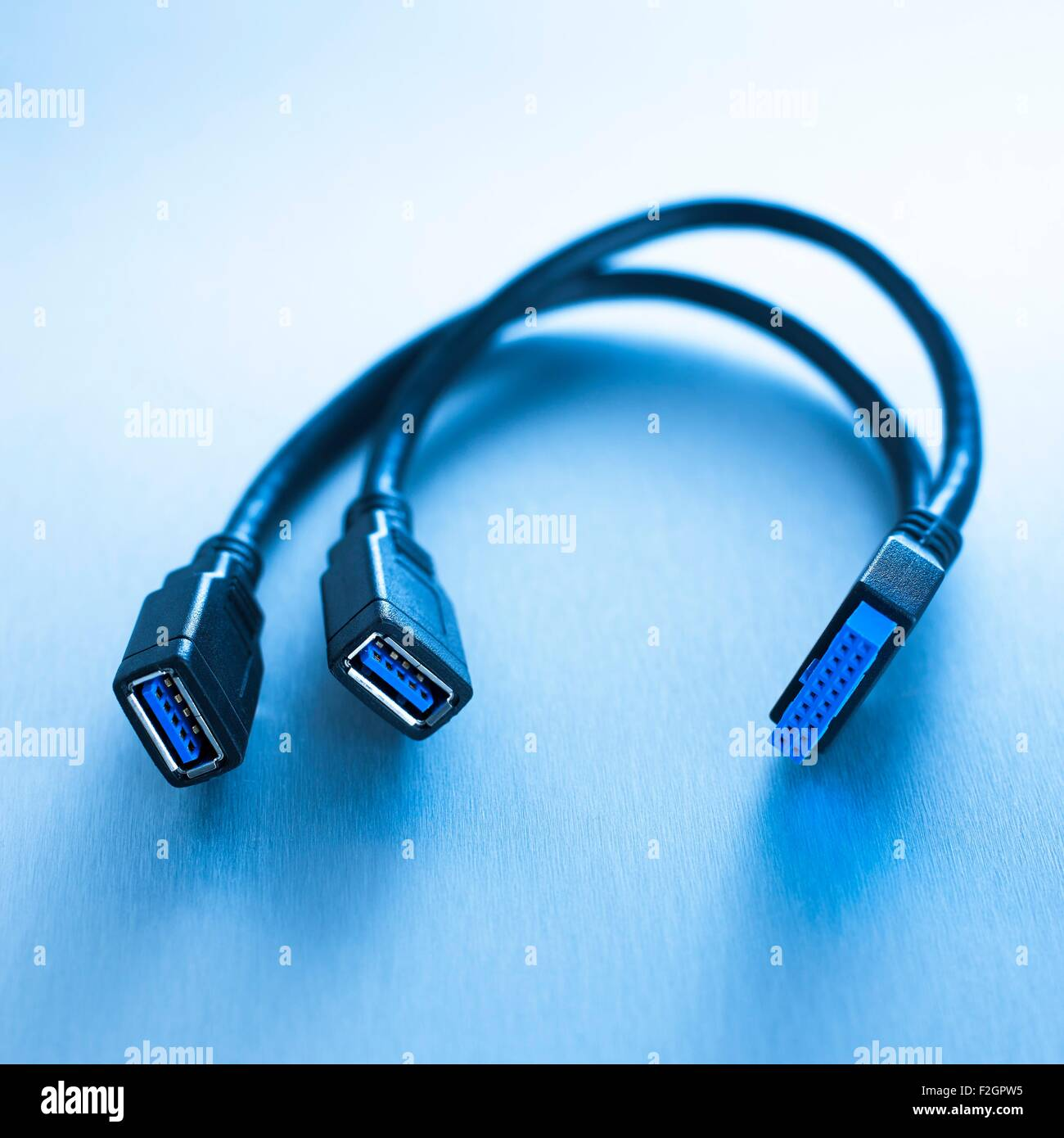 Firewire Stock Photos & Firewire Stock Images - Page 2 - Alamy