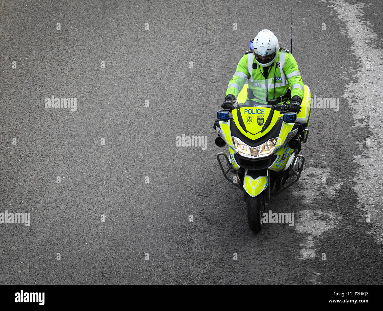 Police motorbike traffic officer UK - Stock Image