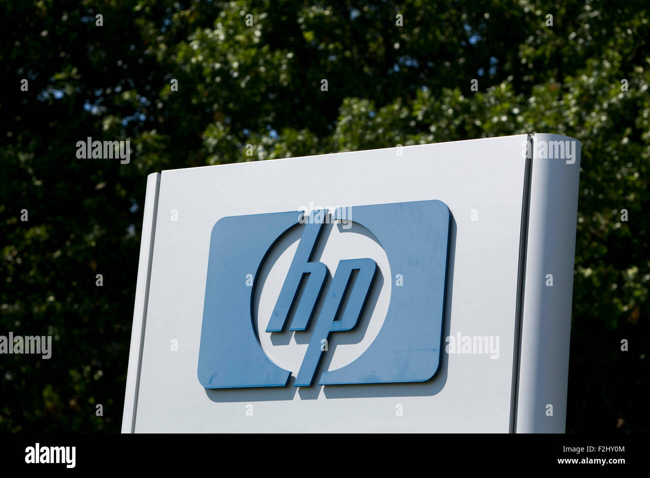 A Logo Sign Outside Of A Facility Occupied By The Hewlett Packard