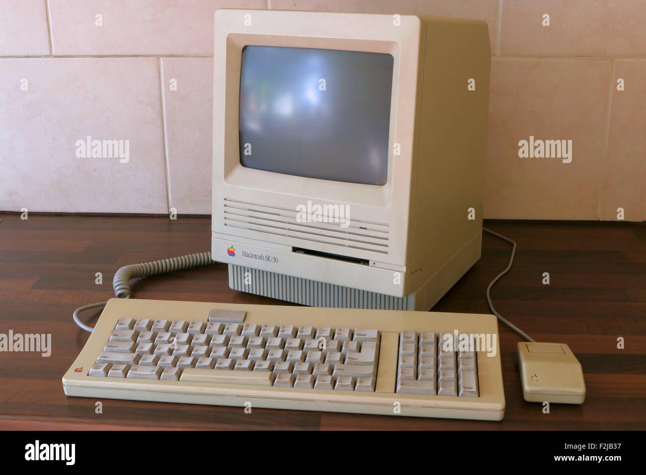 1989 Apple Macintosh SE/30 computer - Stock Image