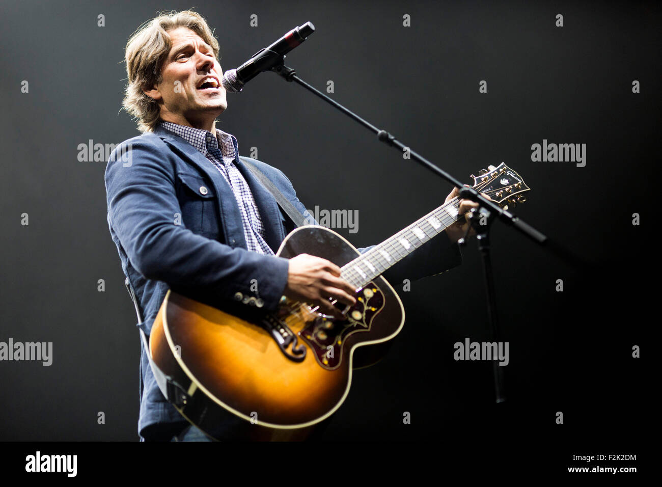 19/9/15 With Love From Liverpool Concert Comedian John Bishop with guitar - Stock Image