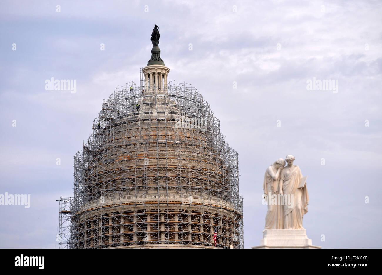 (150921) -- WASHINGTON D.C., Sept. 21, 2015 (Xinhua) -- File photo taken on Nov. 4, 2014 shows the Capitol in Washington, - Stock Image