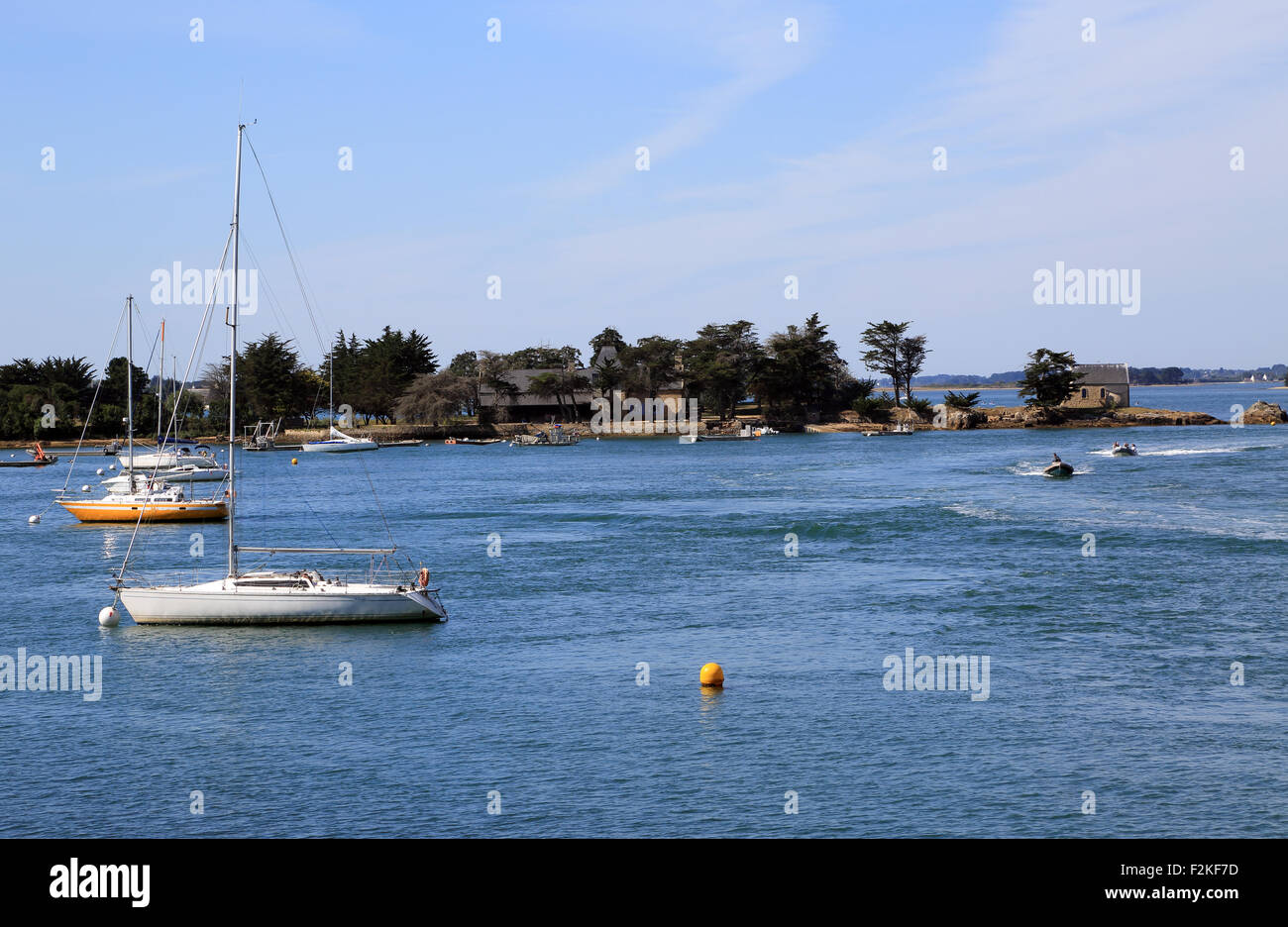 View of Ile de Boedic from Port Anna, Sene, Vannes, Morbihan Stock ...
