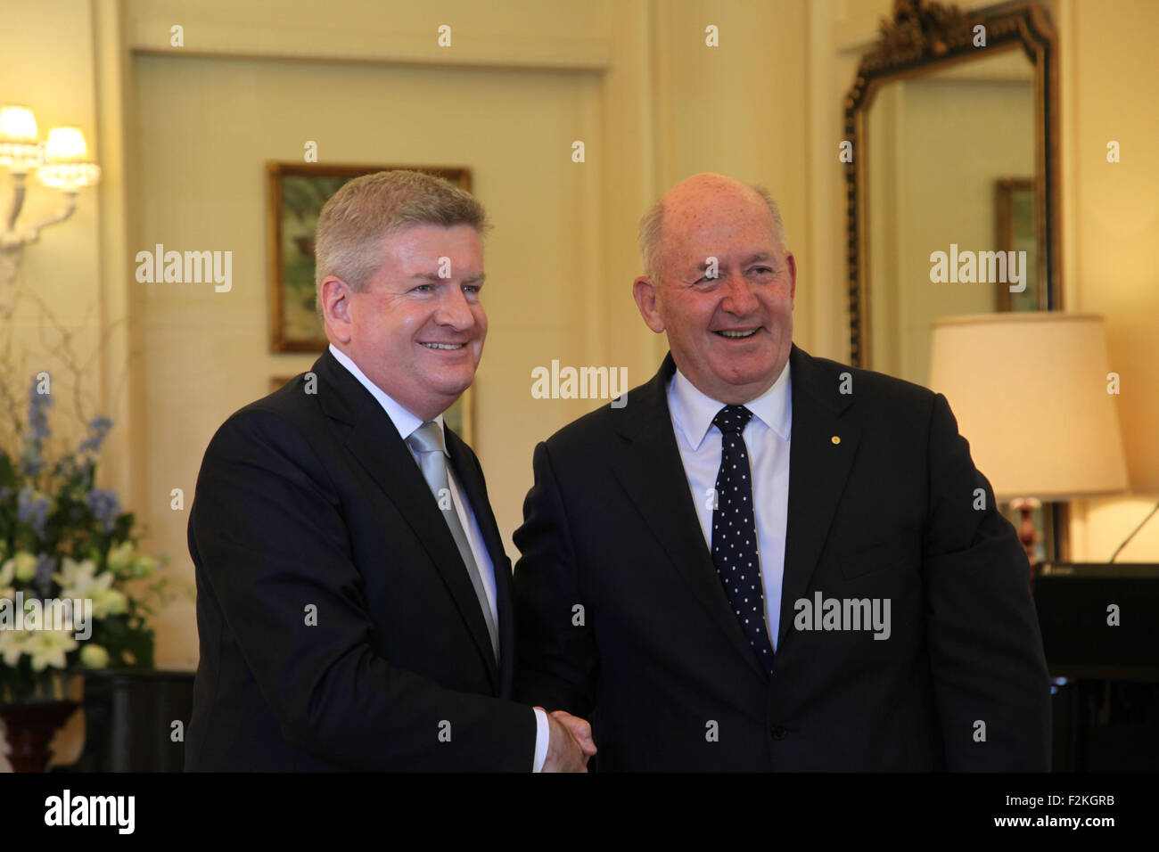 Canberra, Australia. 21st Sep, 2015. Mitch Fifield (L) is sworn in as Minister for Communications and Arts by Governor - Stock Image