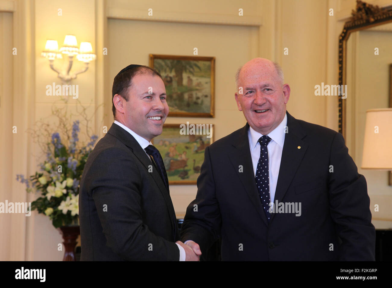 Canberra, Australia. 21st Sep, 2015. Josh Frydenberg (L) is sworn in as Minister for Resources, Energy and Northern - Stock Image
