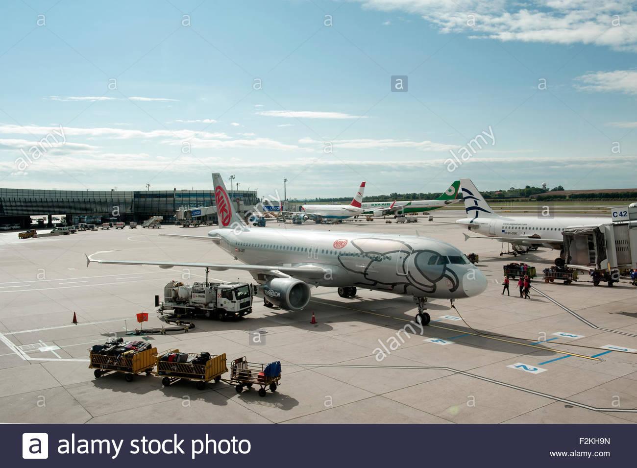 Vienna Austria Vienna International Airport (Flughafen Wien-Schwechat) Niki Airbus A320 OE-LEF on the apron. - Stock Image