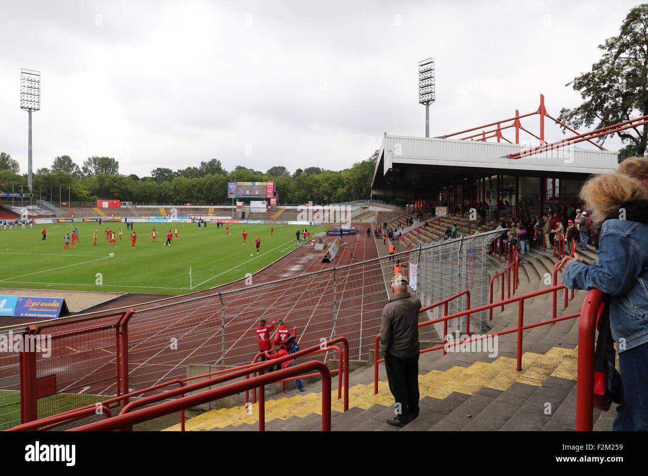 Oberhausen, Germany. 19th September, 2015. Regionalliga West. Stadion Niederrhein. Rot Weiß Oberhausen v SC - Stock Image