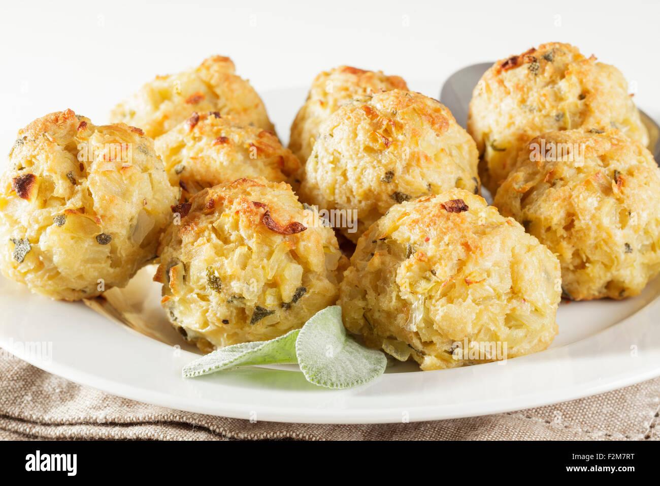freshly baked sage and onion stuffing balls - Stock Image