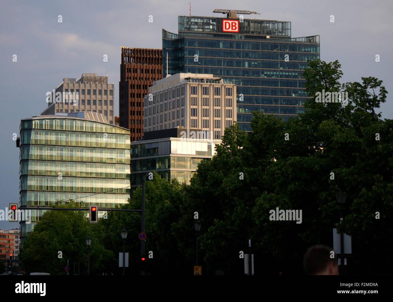 Hochhaeuser am Potsdamer Platz, Berlin. - Stock Image