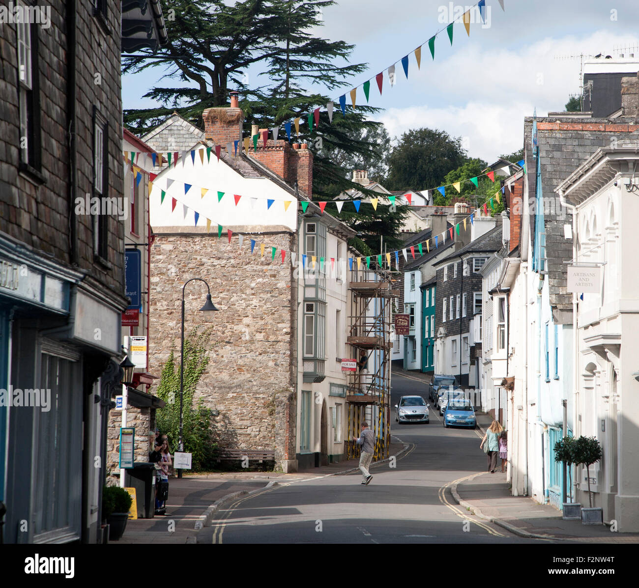 Street and buildings in Ashburton, Devon, England, UK - Stock Image