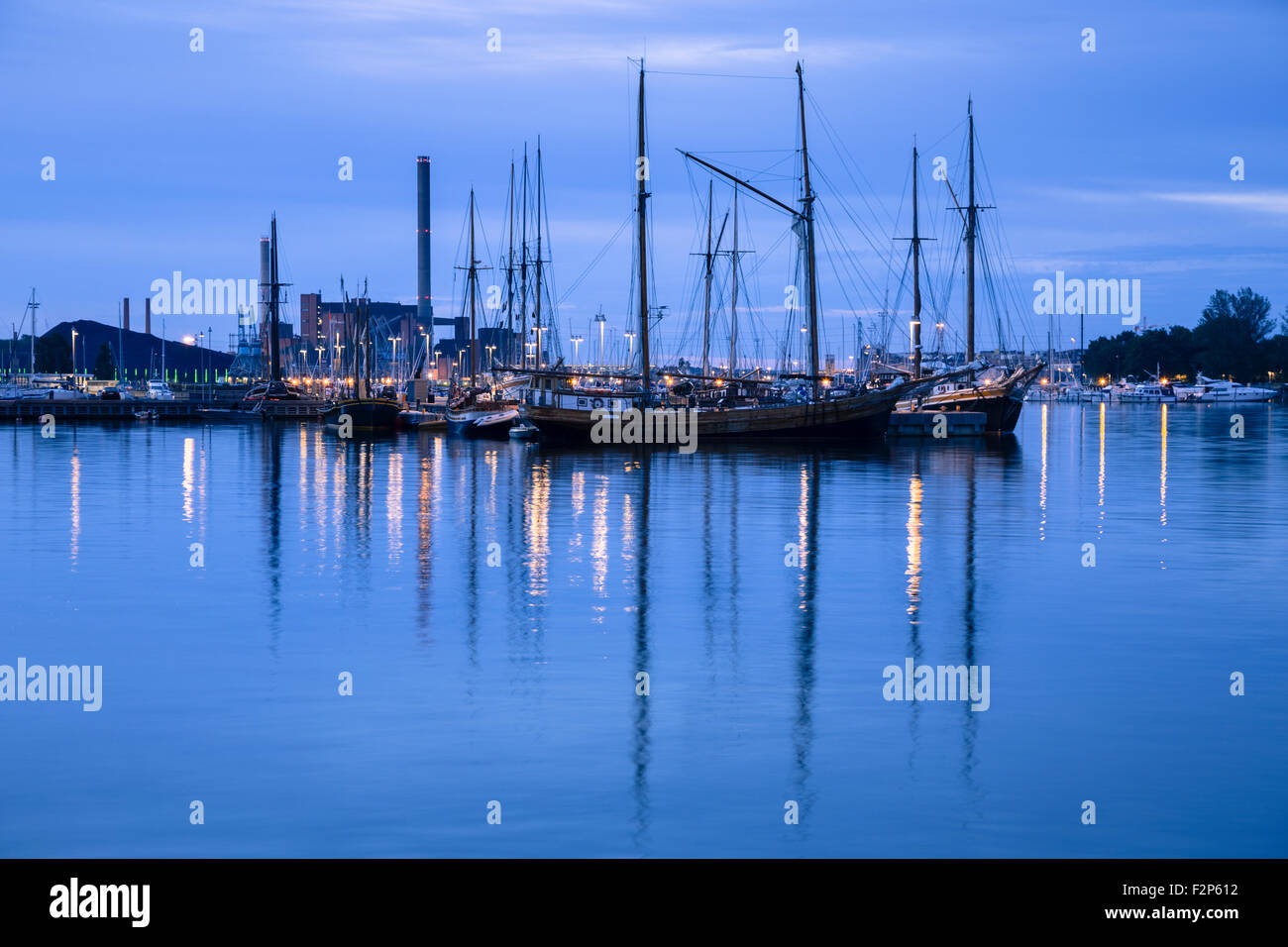 Finland, Helsinki, view to harbour at blue hour - Stock Image