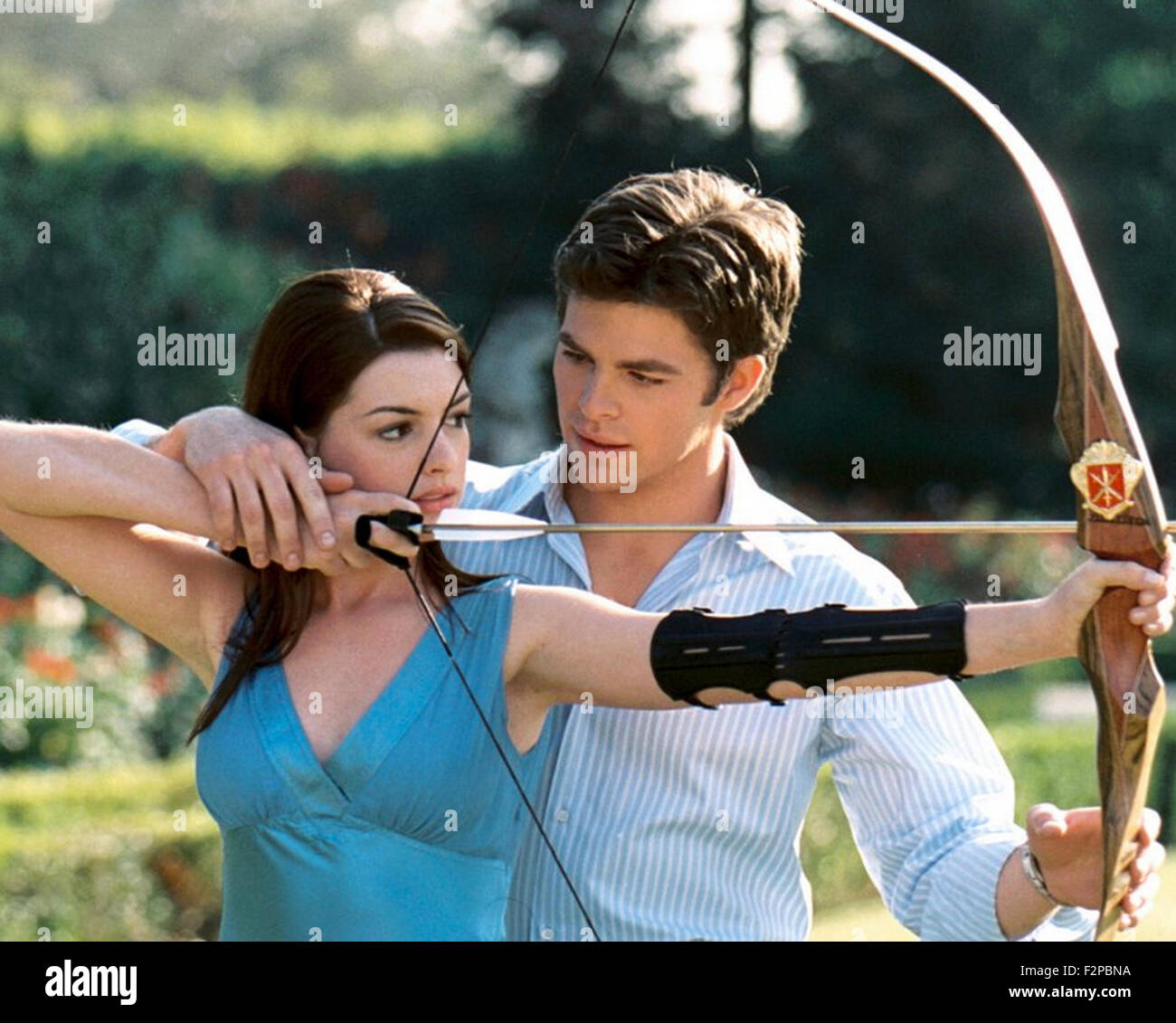 Anne Hathaway Chris Pine Stock Photos & Anne Hathaway