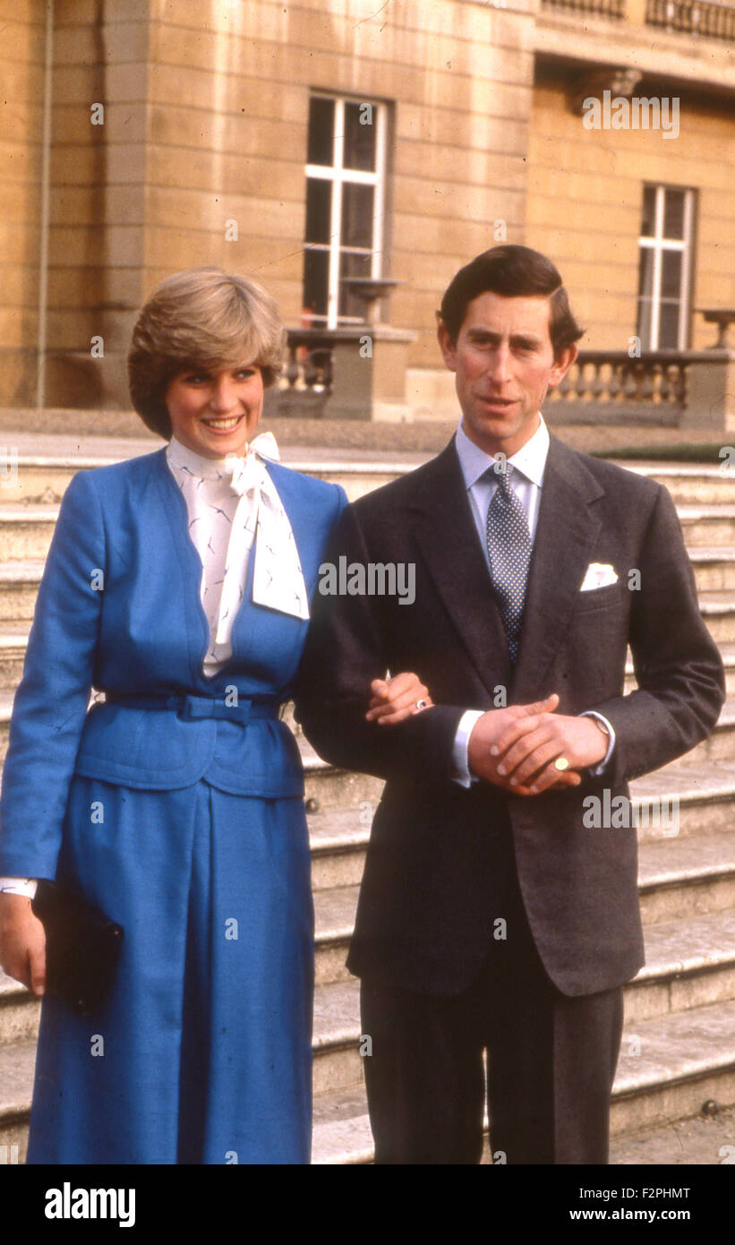 PRINCE CHARLES ENGAGEMENT TO DIANAPRINCESS OF WALES The Couple In Grounds Of Buckingham