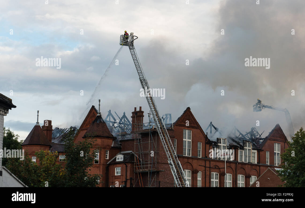 Harlesden, London, UK. 22nd Sep, 2015. London Fire Brigade tackling blaze at St Joseph's Primary School. There - Stock Image