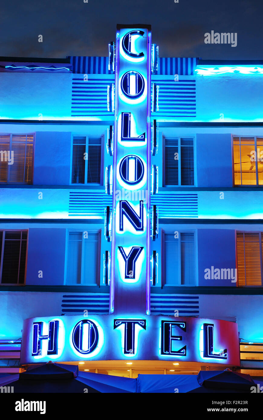 The Colony Hotel lights up the night in Miami Beach - Stock Image