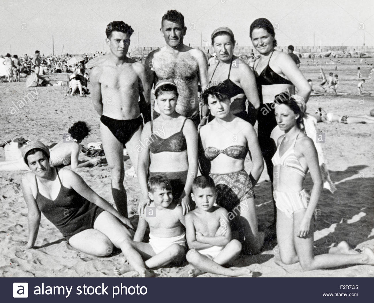 family and friends summer vacation snapshot France 1950s - Stock Image