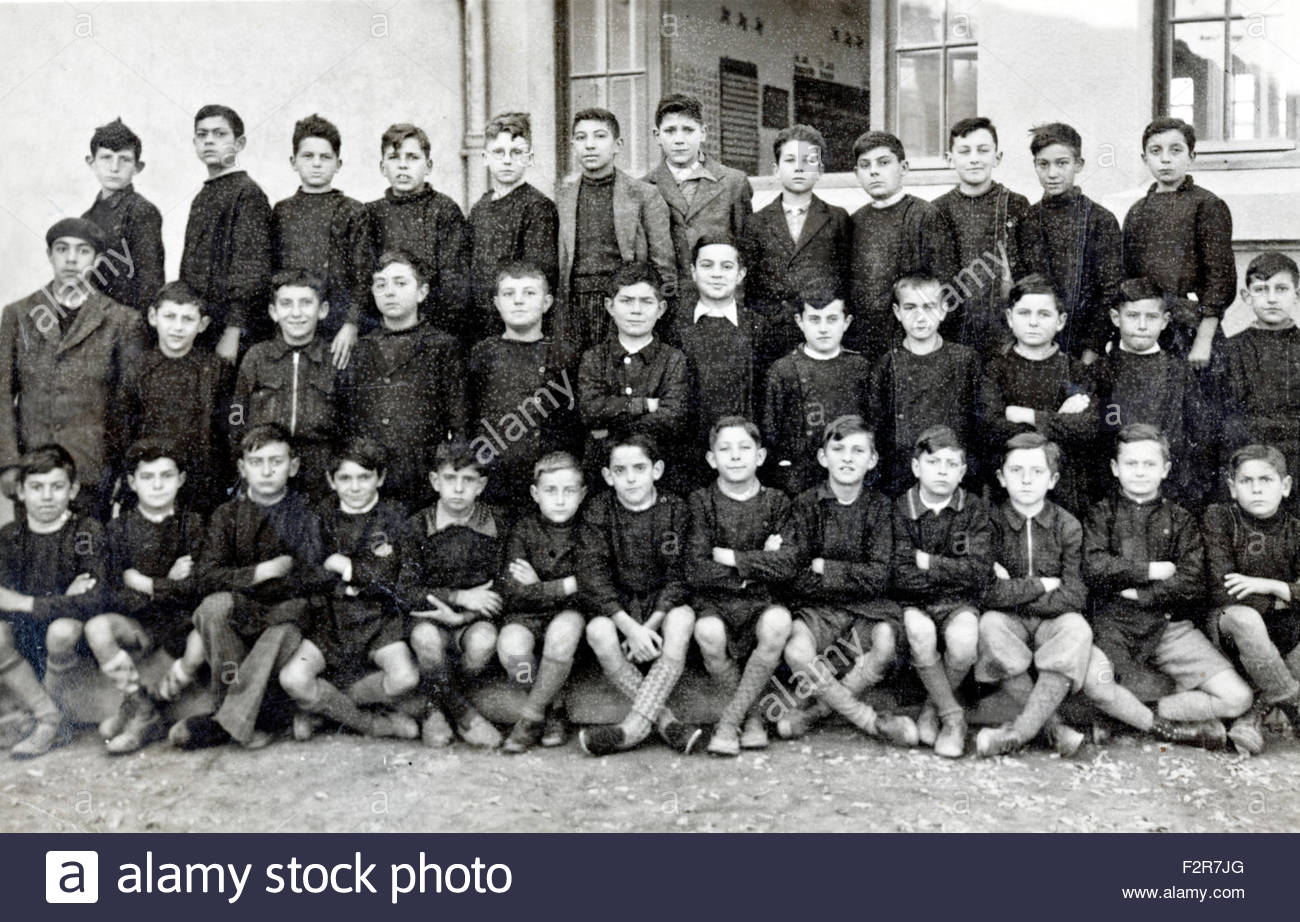 all boys elementary school group France 1939 - Stock Image