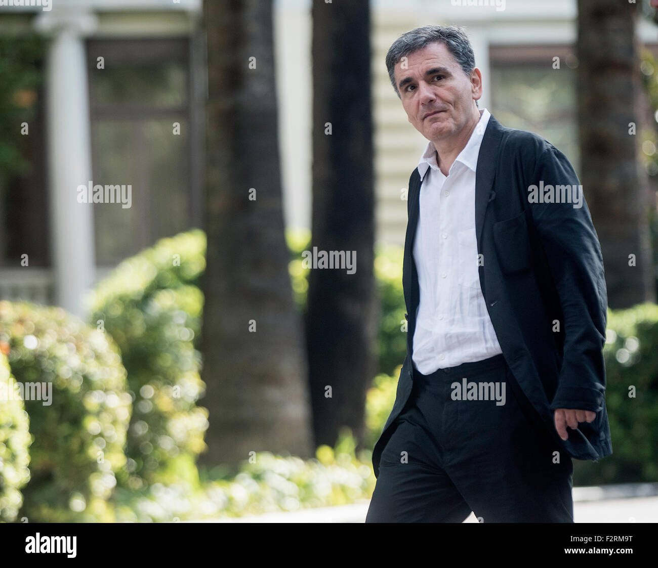 Athens, Greece. 23th Sep, 2015. Greek Finance Minister Euclides Tsakalotos exits the presidential palace after swearing - Stock Image