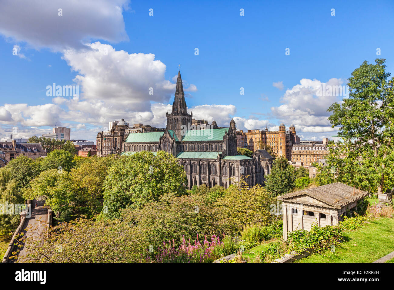 Glasgow Cathedral and behind it, Glasgow Royal Infirmary, Glasgow, Scotland, UK. - Stock Image