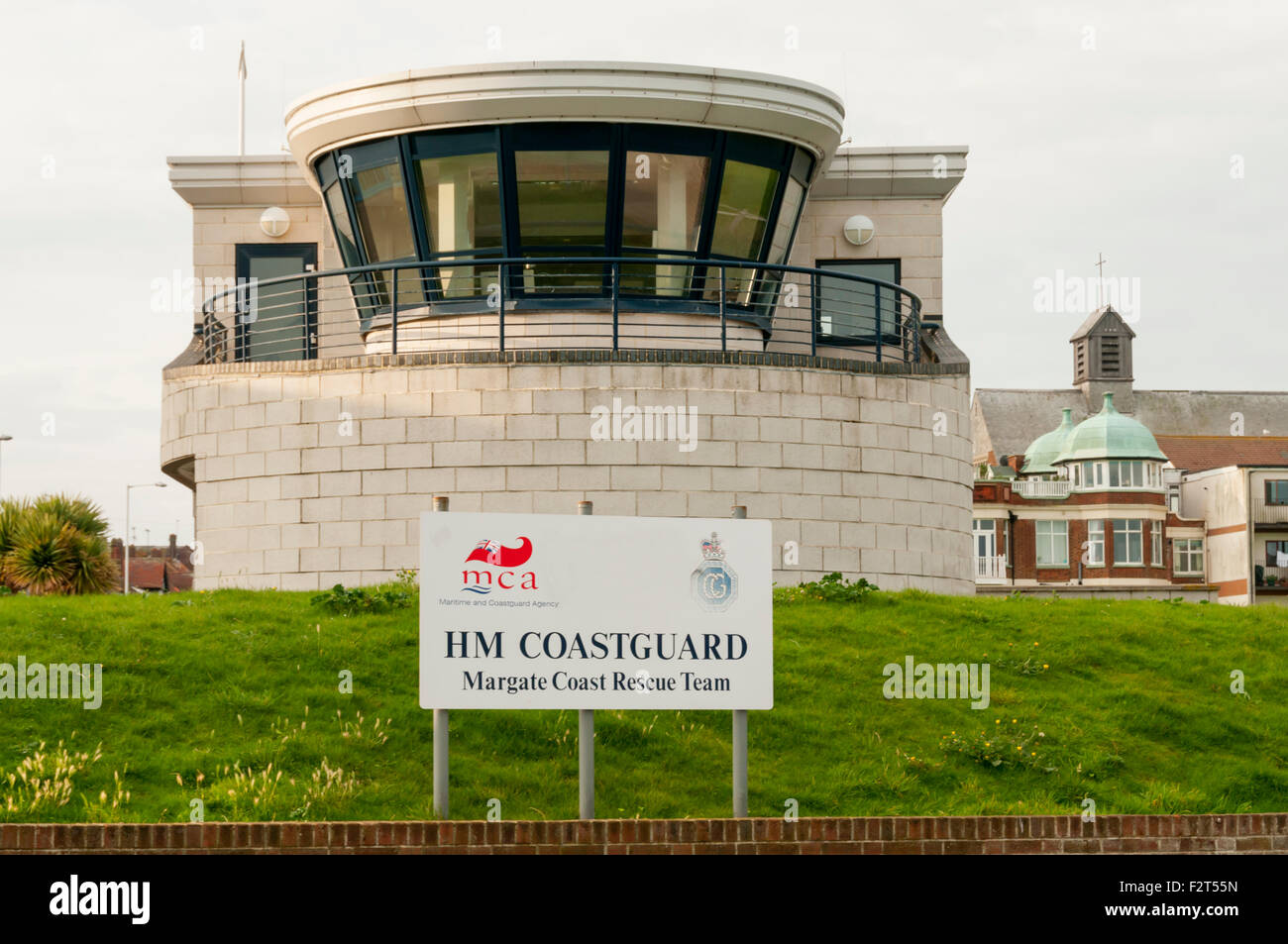 HM Coastguard Margate Coast Rescue Team base and observation platform. - Stock Image