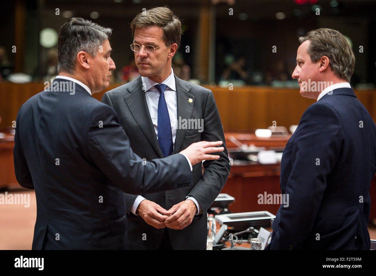 Maurits Hendriks Netherlands Prime Minister Mark Rutte L: Croatia Zoran Milanovic Stock Photos & Croatia Zoran