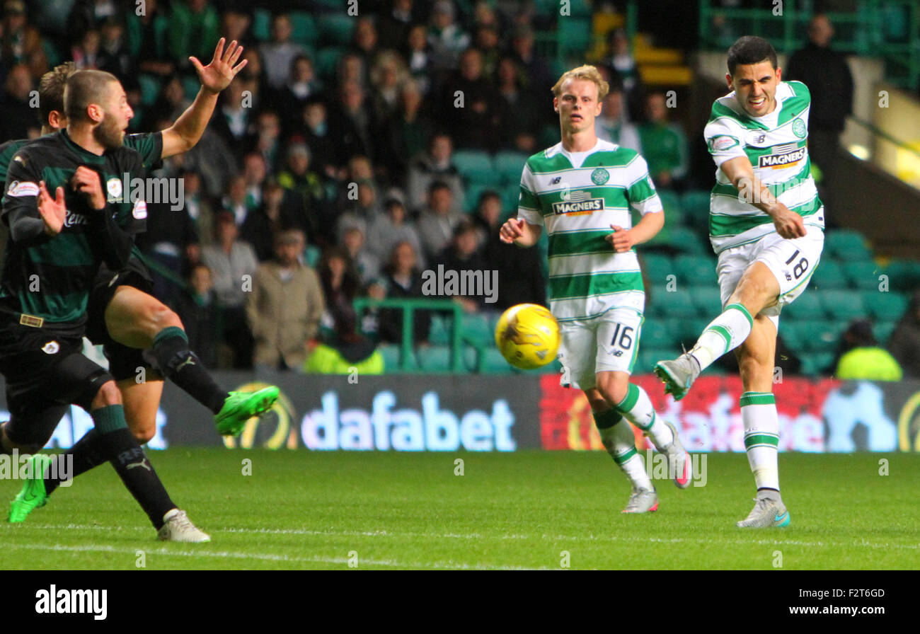 Glasgow, Scotland. 23rd Sep, 2015. Scottish League Cup. Celtic versus Raith Rovers. Tom Rogic shoots from distance - Stock Image