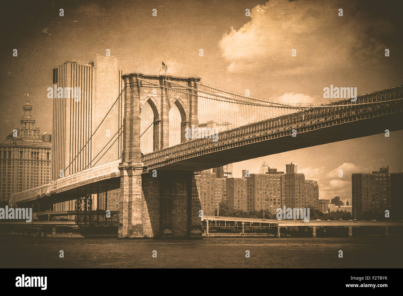 Brooklyn Bridge in New York City with vintage texture effect - Stock Image