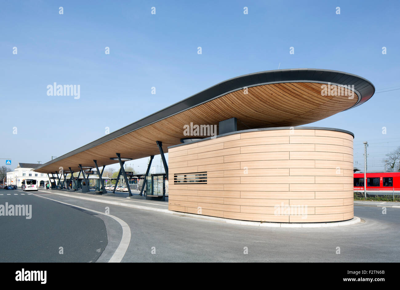 Central bus station at the train station, Unna, Ruhr district, Westphalia, North Rhine-Westphalia, Germany - Stock Image