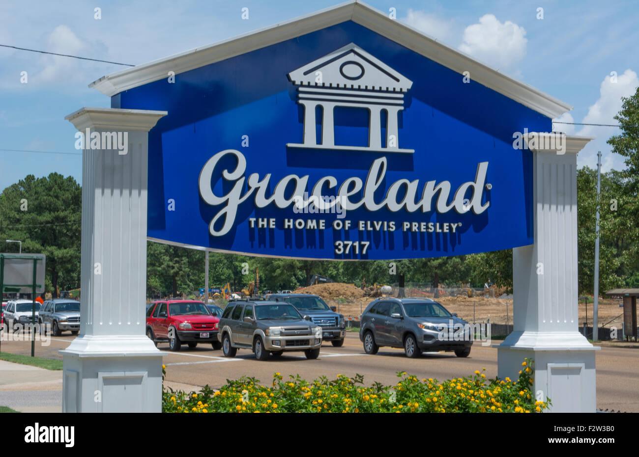 Memphis Tennessee sign for Graceland at Elvis Presley Blvd - Stock Image