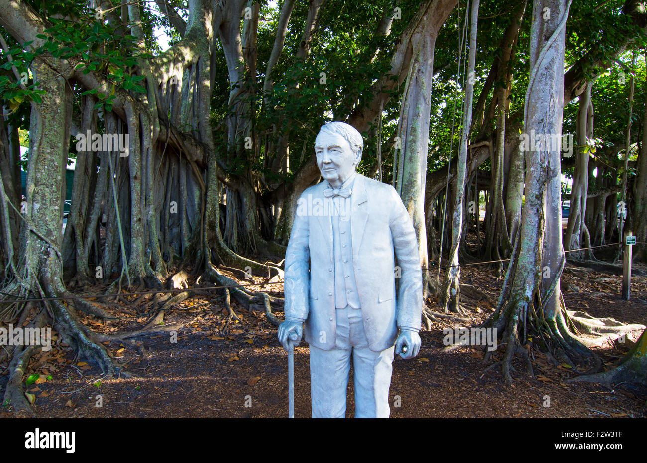 Thomas Edison inventor home and museum in Ft Myers Florida statue of man - Stock Image