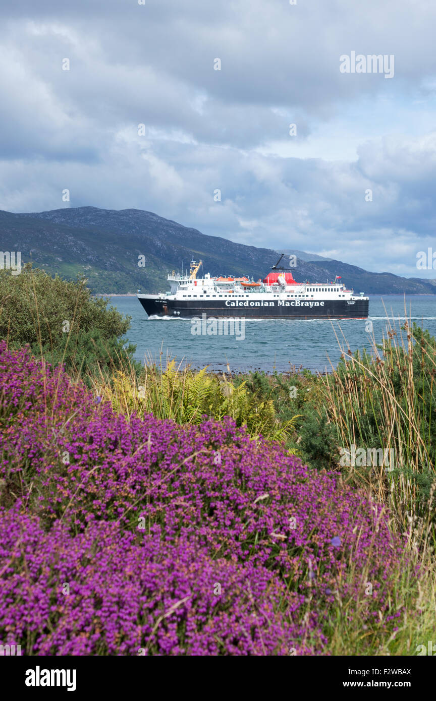 Passenger ferry sailing from Oban to Craignure - Stock Image