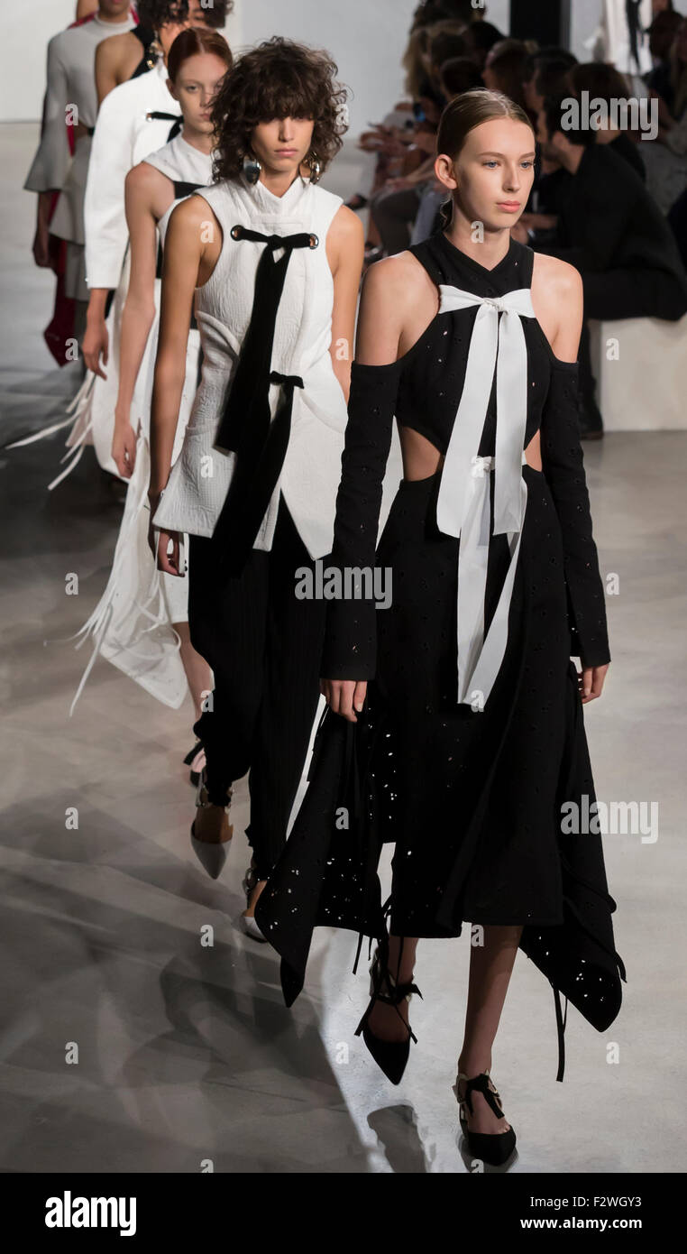 New York, NY - September 16, 2015: Kerrigan Clark walks the runway at the Proenza Schouler fashion show during - Stock Image