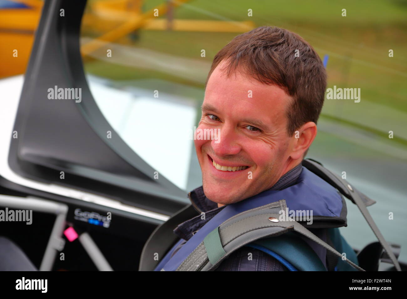 Simon Johnson prepares for the Ascot Red Bull Air Race 2015 at Wycombe Airpark - Stock Image